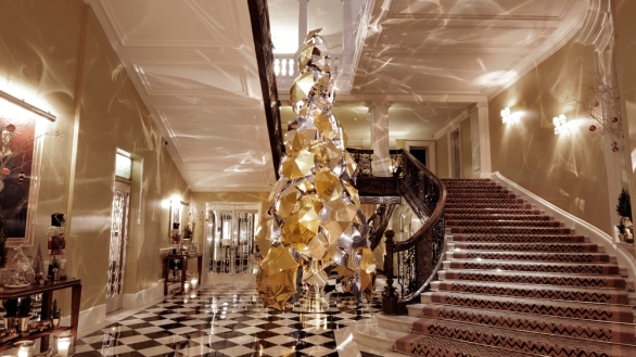 cxtmedia_claridges-christmas-2015
