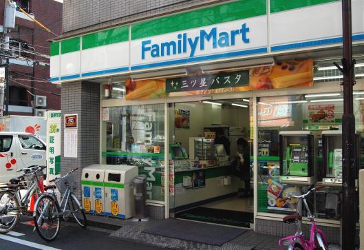 cxtmedia_familymart_2